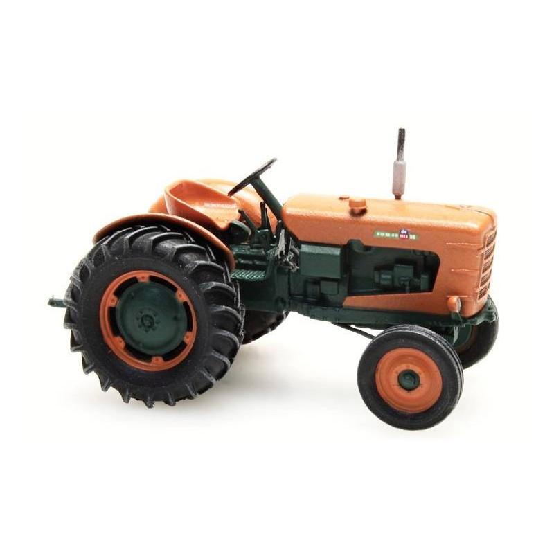 Tracteur Someca - roues larges - patiné - époque III - H0