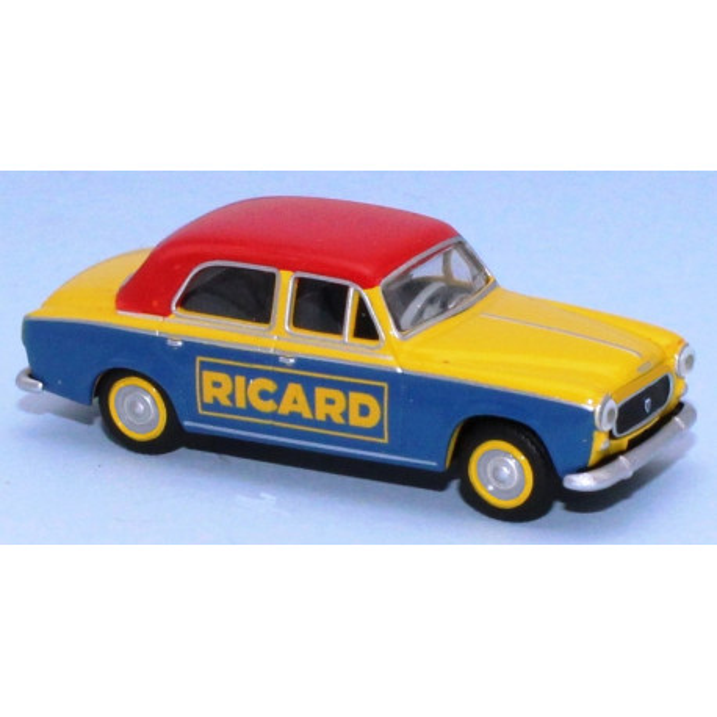"Peugeot 403-7 berline enseigne ""Ricard"""
