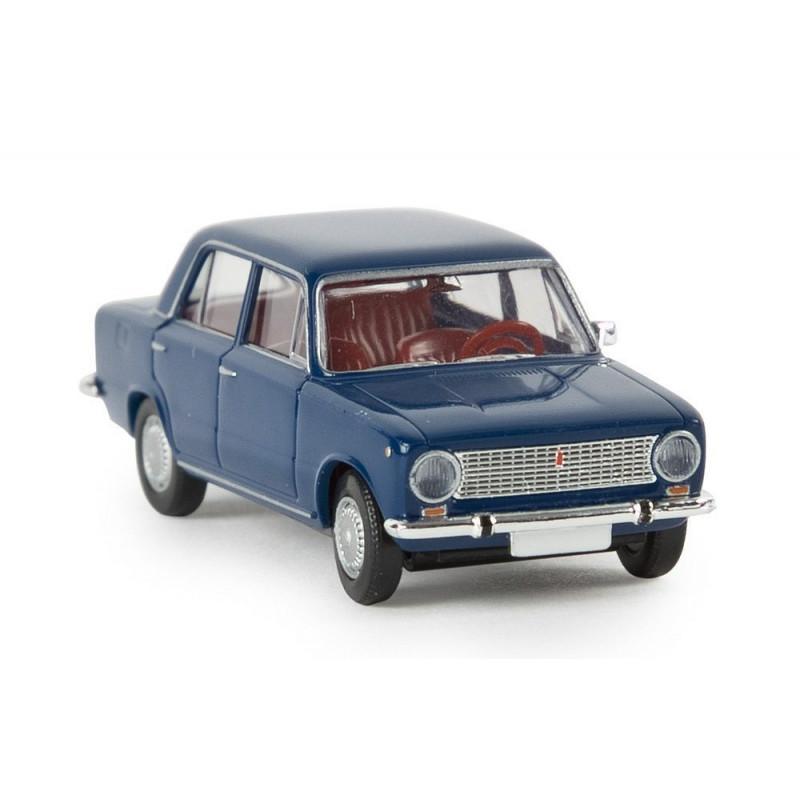 Fiat 124 berline bleu saphir - H0