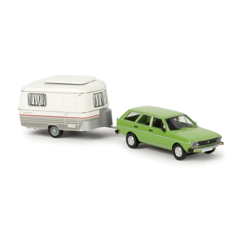 VW Passat Variant verte 1974 + caravane Eriba - H0