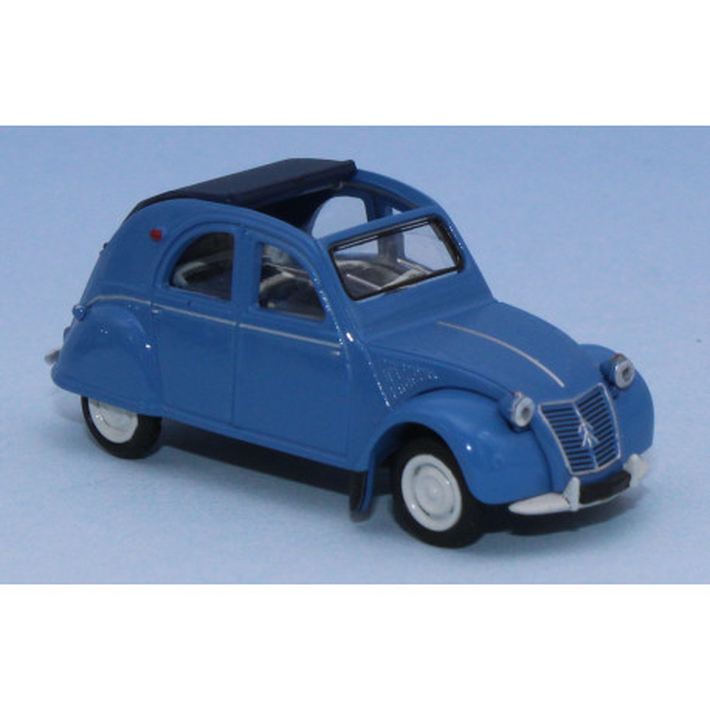 2 CV AZLP - bleue - capote bleue ouverte - sièges bleus