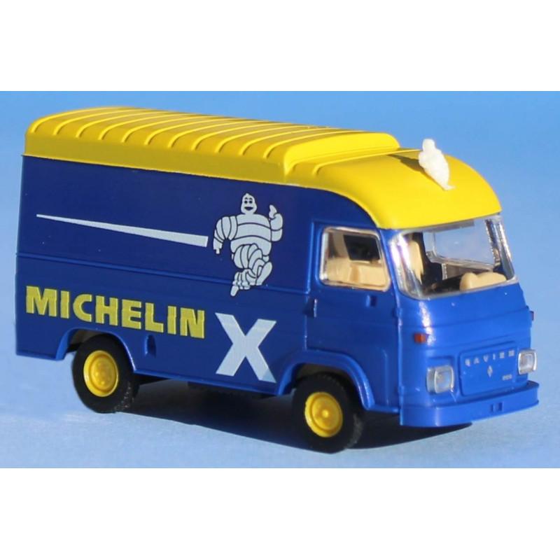 Fourgon Saviem SG 2 réhaussé enseigne Michelin + Bibendum - H0