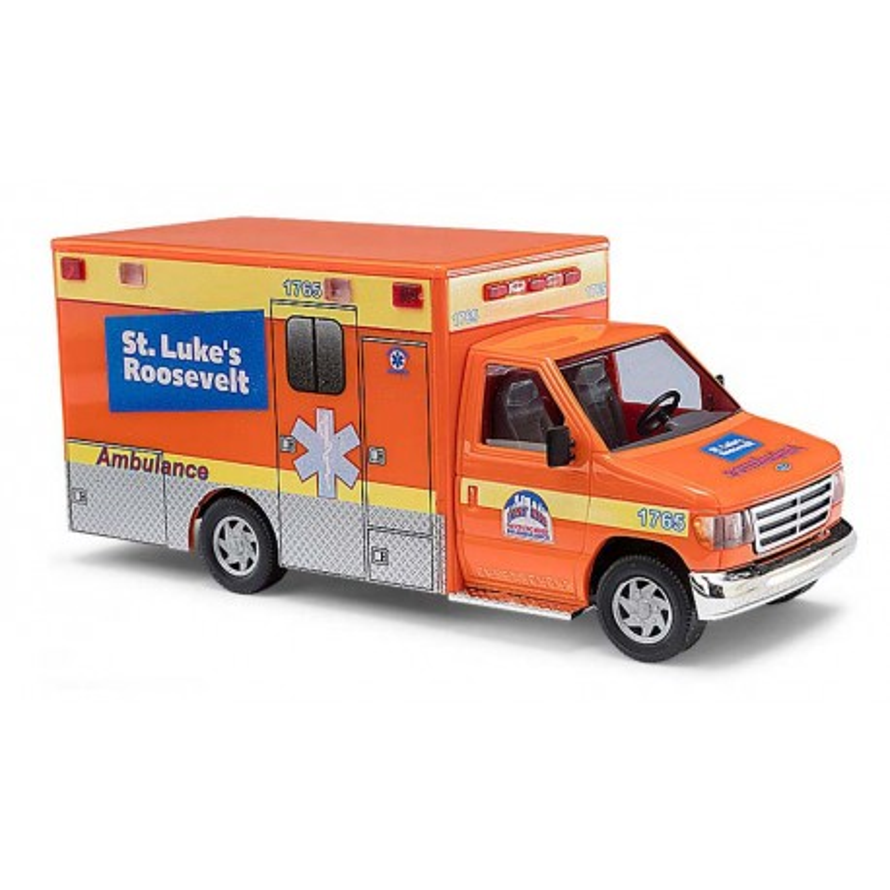 Ford E-350 ambulance - H0