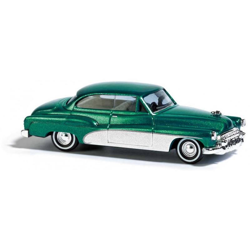 """Buic coupé """"Deluxe"""" 2 portes 1950 vert métalisé - H0"""