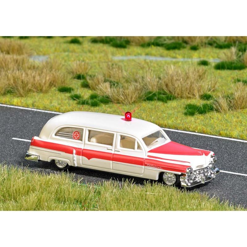 Ambulance Cadillac Station Wagon avec feu clignotant rouge - H0