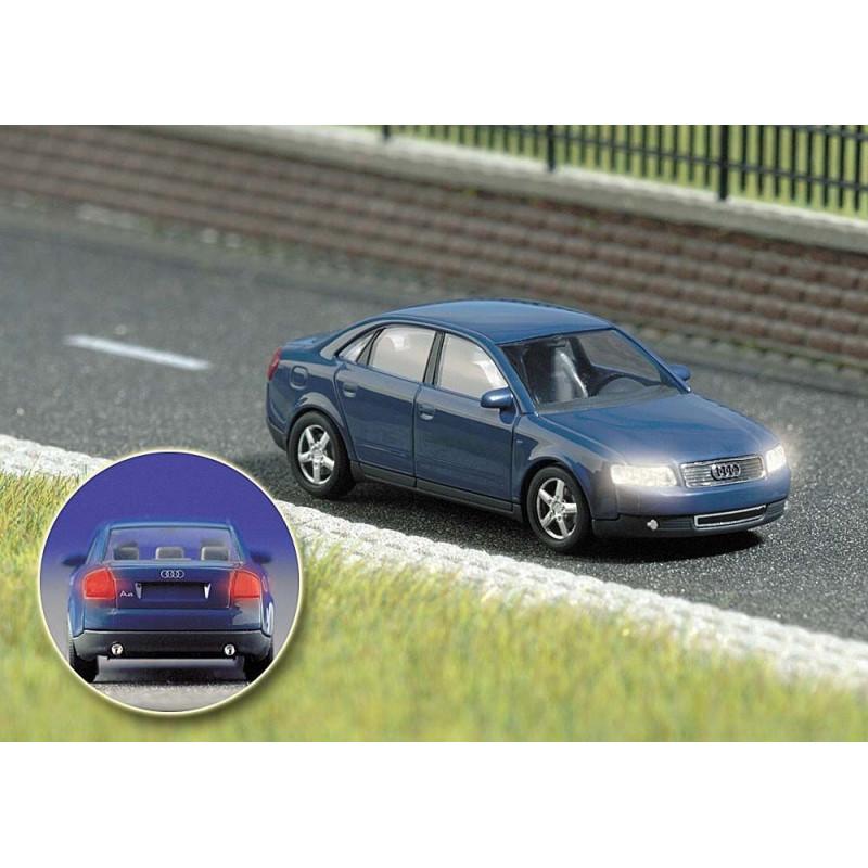 Audi A4  + feux fonctionnels - H0