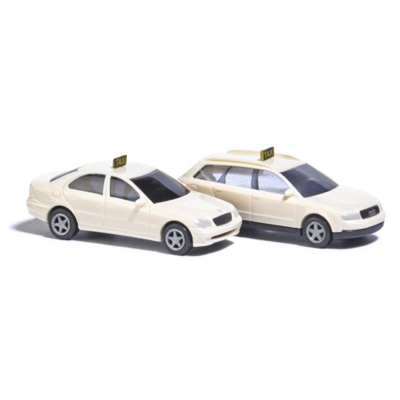 Mercedes classe C Limousine et Audi A4 taxi - N