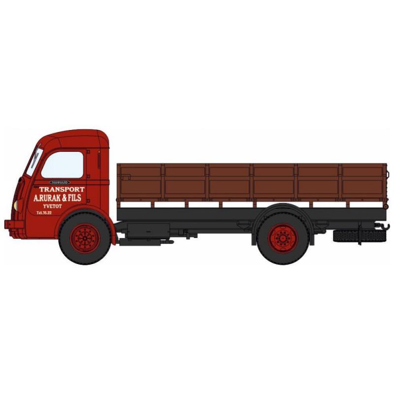 Panhard Movic plateau ridelles - cabine rouge brique - chargement : paille - H0