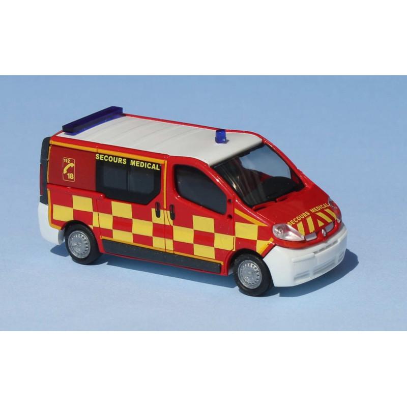Renault Trafic II - pompiers Service de Santé et de Secours Médical - gyro fonctionnel - H0