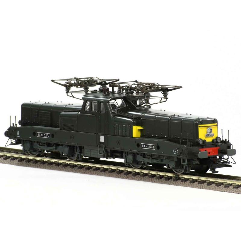 BB 12032 - livrée verte/jaune - dépôt Lens - H0