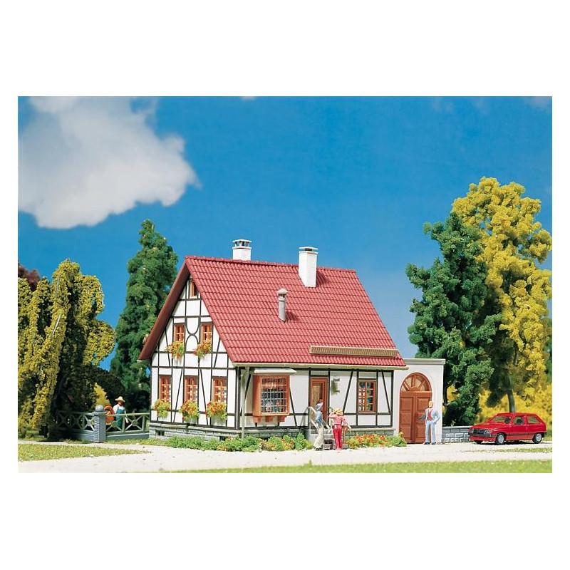 Maison à colombages avec garage