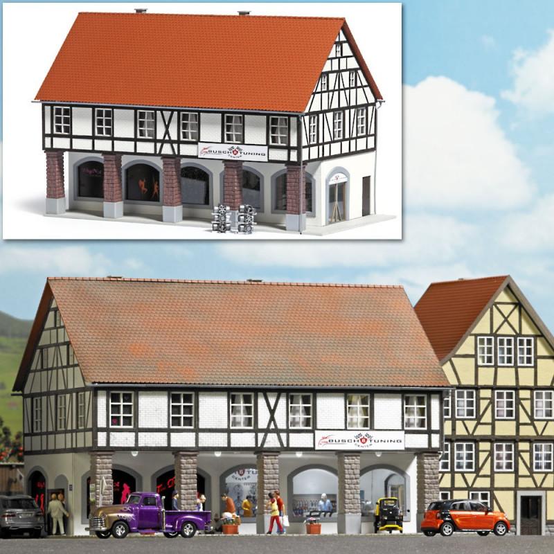 Immeuble à colombages et arcades - HO
