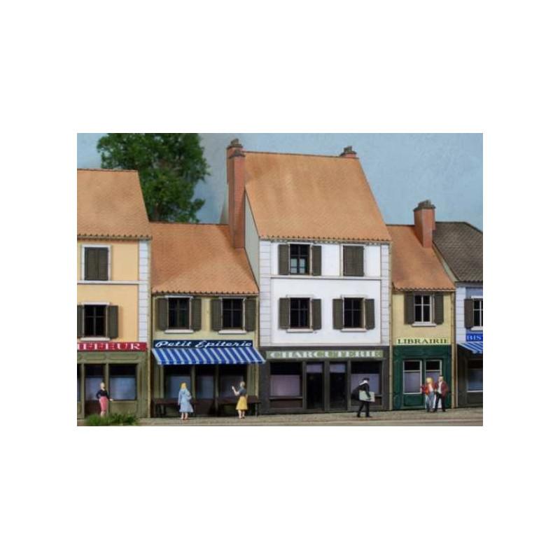 Maisons de ville + commerces