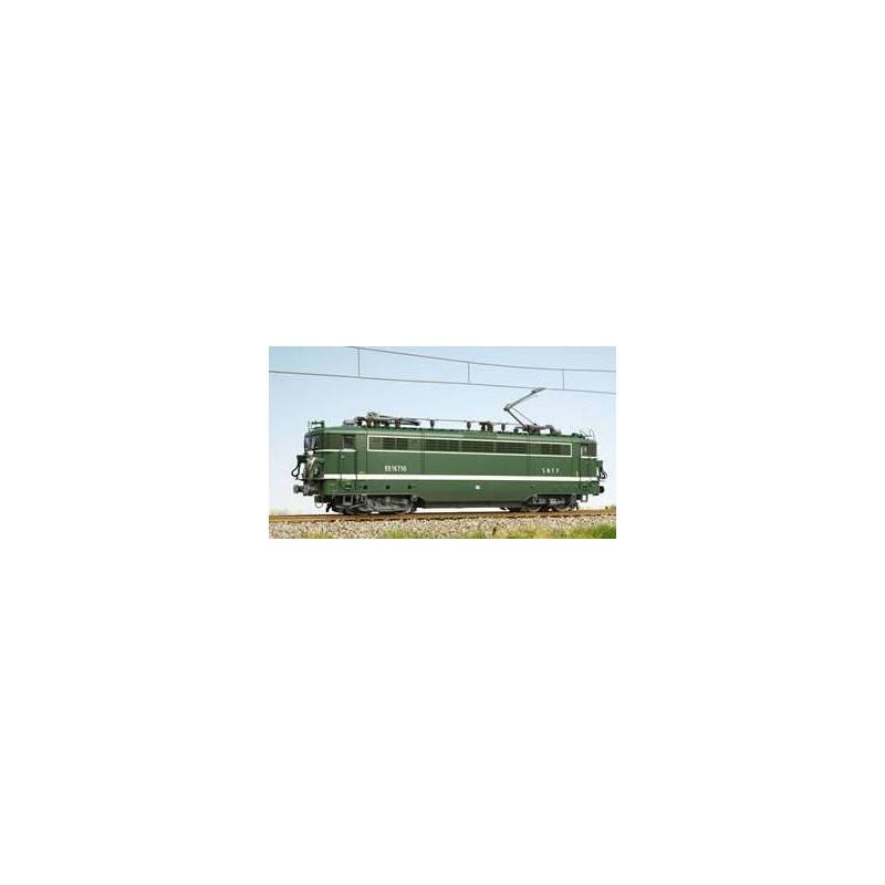 BB 16710 SNCF dépôt de PLV - petites persiennes - livrée verte bande blanche - H0