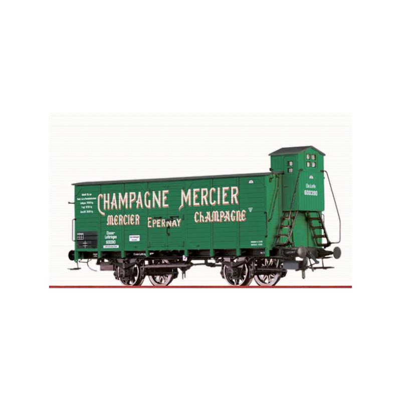 Wagon couvert type G10 E.L. enseigne « CHAMPAGNE MERCIER »